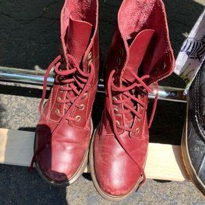 Dr. Martens Boots - Burgundy